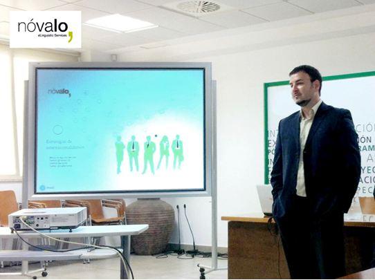 Carlos Bolívar durante su charla en la UMA